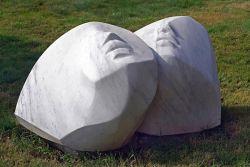BRUNO MARTINAZZI, Epiclesi ,1999 - marmo bianco di Carrara - cm 70x127x60